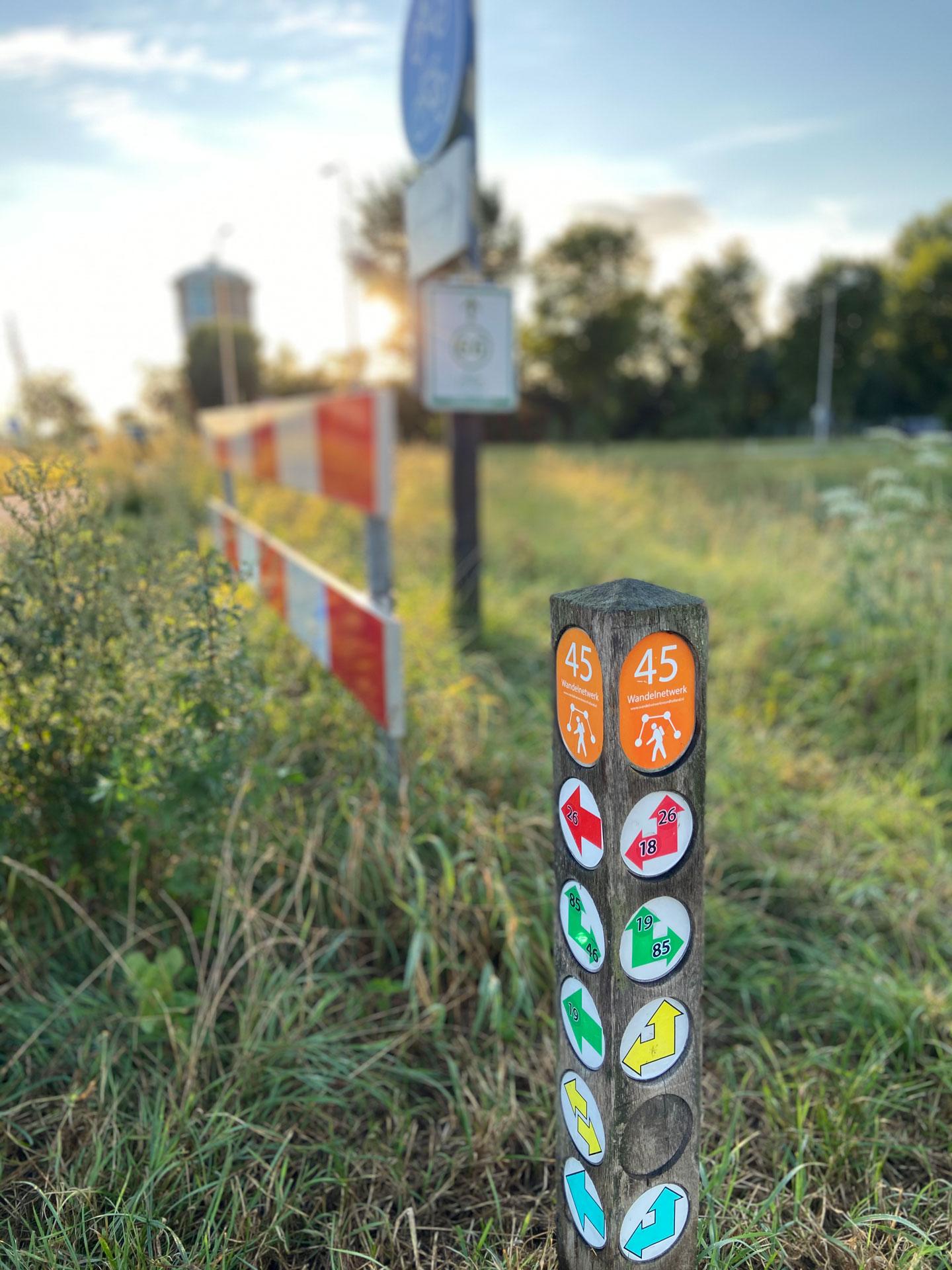 Lichtechte stickers voor aangeven wandelroutes